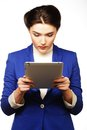 Femme d'affaires tenant une tablette Photo libre de droits