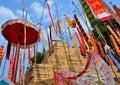 Festival de songkran das imagens dos pagodes e da bandeira da areia Fotografia de Stock