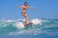 Fille de surfer Photographie stock