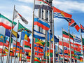 Flags den internationella skyen Royaltyfria Bilder