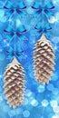 Fond avec des cônes de pin Images stock