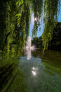 Fontaine dans le canal de riga Photo stock