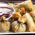 Fried wontons with chili sauce sweet dipping Royalty Free Stock Photos
