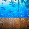 Fundo bonito abstrato do seascape com o cais de madeira vazio Fotografia de Stock Royalty Free