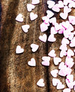 Fundo do dia de valentim com corações sugar hearts em vi de madeira Fotos de Stock Royalty Free