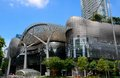 Futuristisk ion orchard shoppinggalleria singapore Royaltyfri Bild