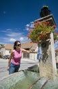 Fyllande springbrunn för flaska Royaltyfria Foton