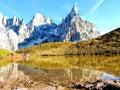 Góra w jeziorze Obrazy Royalty Free