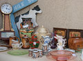 Garage yard estate sale display space for sign antiques vintage items on outside Stock Images