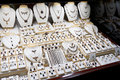 Garnet jewelry shop window display of a Royalty Free Stock Photos