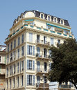 Gentil architecture le long de promenade des anglais Photos stock