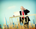 Geschäftsmann relaxation freedom happiness flucht konzept Stockbilder