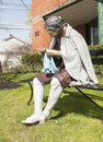 Getting involved is a sculpture by seward johnson an american artist best known for his life size bronze statues of people engaged Stock Photos