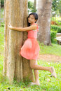 Girl embrace the tree Royalty Free Stock Photography
