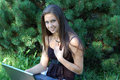 Girl laptop pretty Royaltyfri Fotografi