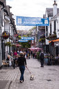 Glasgow uk – june view of ashton lane a cobbled backstreet in the west end full pubs and restaurants Stock Photo