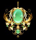 Gold brooch with chrysoprase gems
