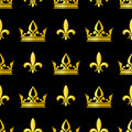 Golden crowns and fleur de lis vector seamless pattern Royalty Free Stock Photo