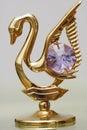 Zlatý labutě šperky krystaly