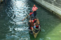 Gondoliere venice italy rowing in Royalty Free Stock Photos