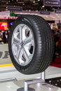 Goodyear EfficientGrip Tires O...