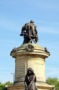 Gower memorial stratford upon avon statue of william shakespeare sitting on top of the with lady macbeth in the foreground Stock Photography