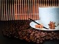 Grões do copo e do coffe Imagens de Stock