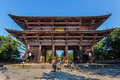 Grande porte du sud nandaimon au temple de todaiji à nara Photo stock