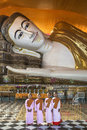 Group novice nuns shwethalyaung reclining buddha bago myanmar burma Royalty Free Stock Photos
