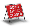 Grungy road closed sign Royalty Free Stock Photo