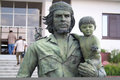 Guevara statue with a child santa clara cuba march of in santa clara this was made in to celebrate the entry of in Royalty Free Stock Image