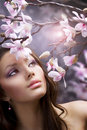 Härlig blommaflicka Arkivbilder