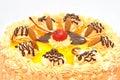 Härlig dekorerad frukt för cake closeup Royaltyfri Fotografi