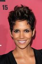 Halle berry the calling at call world premiere arclight hollywood ca Royalty Free Stock Photo