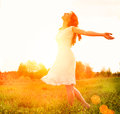 Happy woman enjoying nature enjoyment free girl outdoor Royalty Free Stock Photography