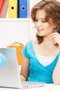 Happy woman with laptop computer picture of Royalty Free Stock Photos