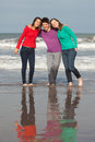 Happy youth group of at the beach Royalty Free Stock Images