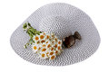 Hat with sunglasses summer big a bouquet of daisies Royalty Free Stock Images