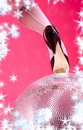 Hauts talons et bille de disco Photo stock