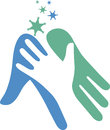Pomáháme ruka označení organizace nebo instituce