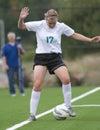 Het houden van de bal in spel Stock Fotografie