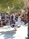 Hip hop breakdancers konkurrieren in den paaren Stockbilder