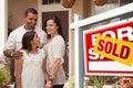 Hispánsky rodina pred nový a predané