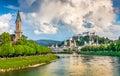 Mesto z mraky v lete rakúsko