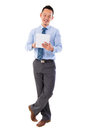 Hombre de negocios asiático usando la tablilla-PC Imagenes de archivo