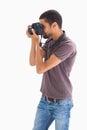 Homme élégant prenant la photographie avec l appareil photo numérique Images libres de droits