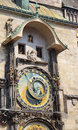 Horloge de saints à Prague Photo stock