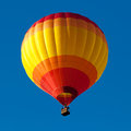 Hot air balloon on blue sky Royalty Free Stock Photos