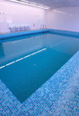 Hotel modern pool swimming Royaltyfria Bilder