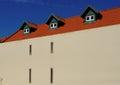 Casa azulejo techo y tres suelo